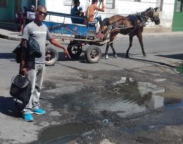 aguas-albanales-en-las-calles-de-cienfuegos