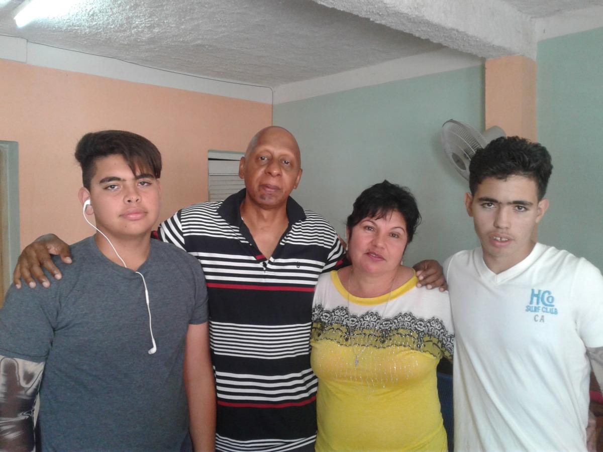 Abren Expediente de Peligrosidad Social a hijo de opositores cubanos.